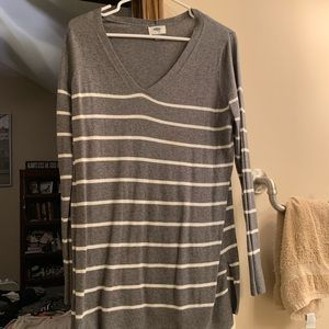 Grey and white tunic sweater